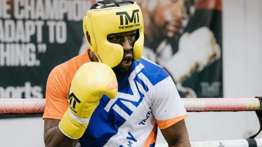 5 Floyd Mayweather Fights That Will Never Be Forgotten