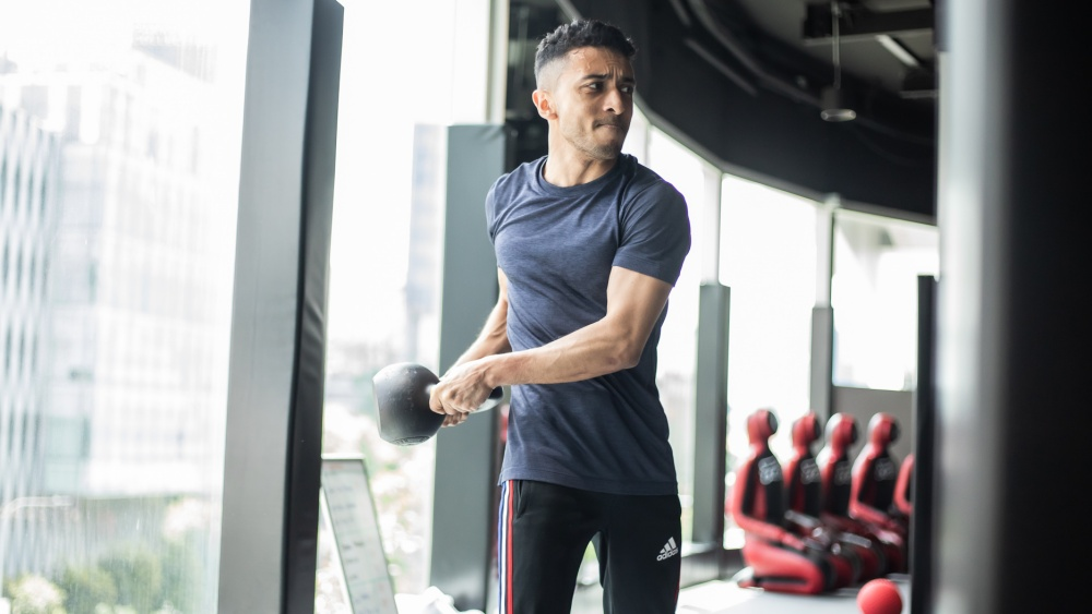 10 Kettlebell Workouts For Beginners