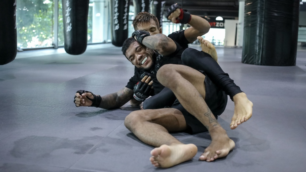 6 Reasons Why An MMA Training Session Is Better Than A Gym Workout